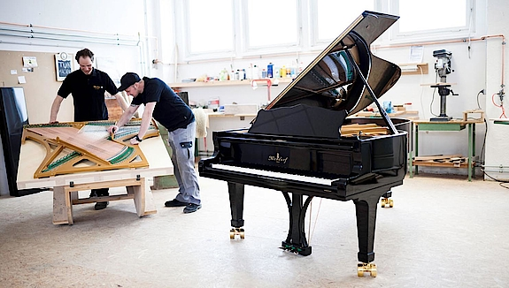Grand pianos by Niendorf